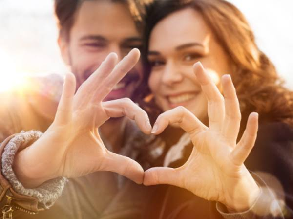 here is your today's is love life horoscope by khabar lazmi