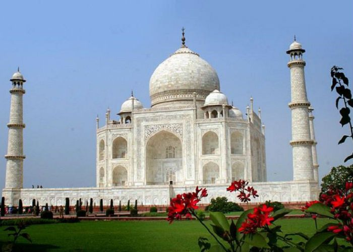 Very few people know about these beautiful destinations of Agra| KHABAR LAZMI
