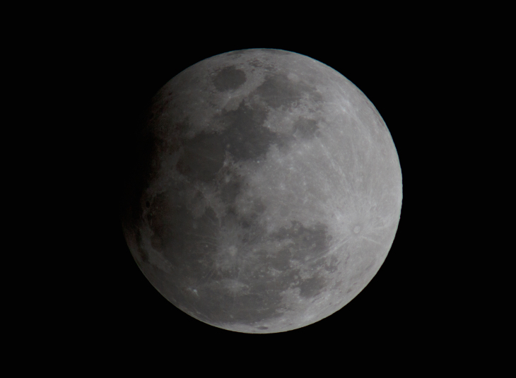 Scientists found water on this part of the moon|KHABAR LAZMI