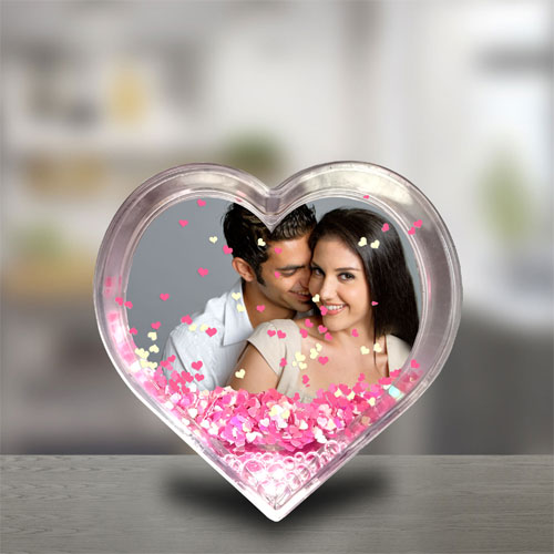 These shayries will help you to express the feelings of the heart-ख़बर लाज़मी